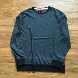 Black Tommy Hilfiger sweater